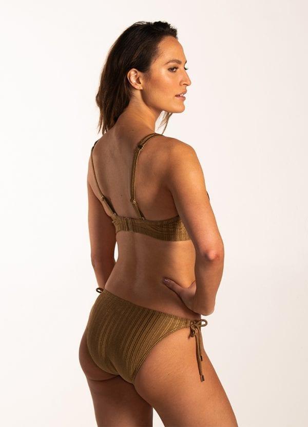Beachlife Dull Gold multiway bikinitop - Cup D,E,F Voorgevormde cups en beugel & Dull Gold strik bikinibroekje Normale fit