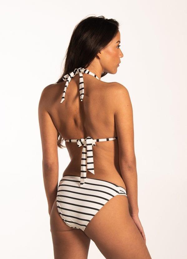Beachlife Identity triangel bikinitop Met padding & Identity twist bikinibroekje Normale fit